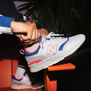NEW BALANCE White Coral 997H Leather Sneakers